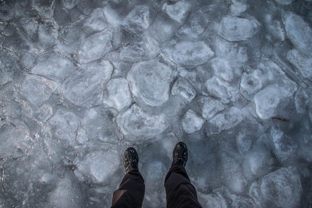 On marche sur le lac de Saint Andéol